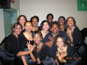 Sydney with her Spelman Glee Clue sisters signing their allegiance to the Class of 2006.